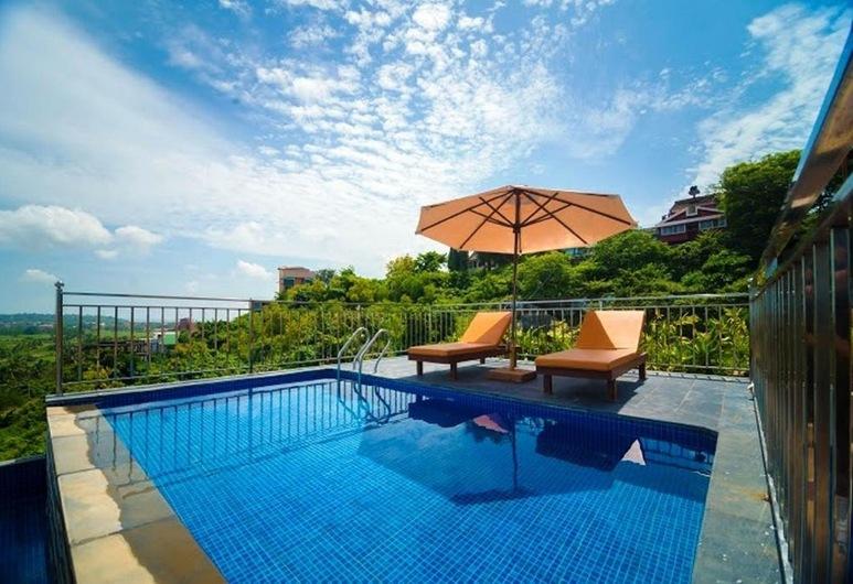 Hotel Abode Goa, Dona Paula, Панорамний басейн