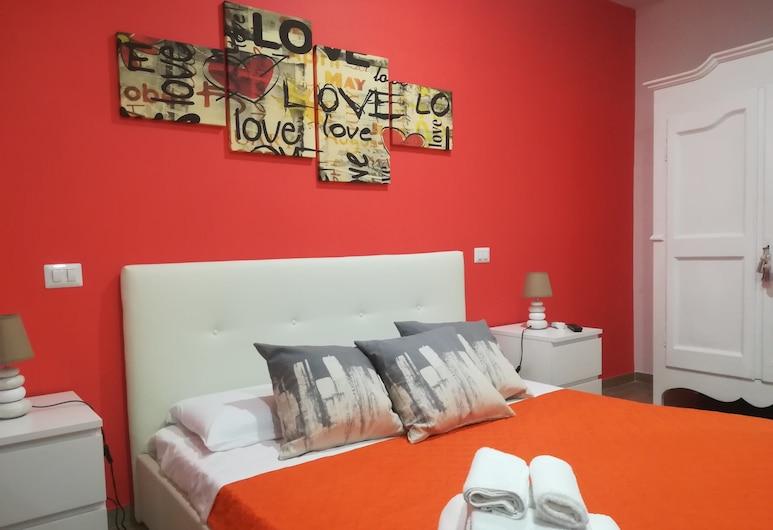 Piazza Lauro Suites, Sorrento, Deluxe Apartment, Room