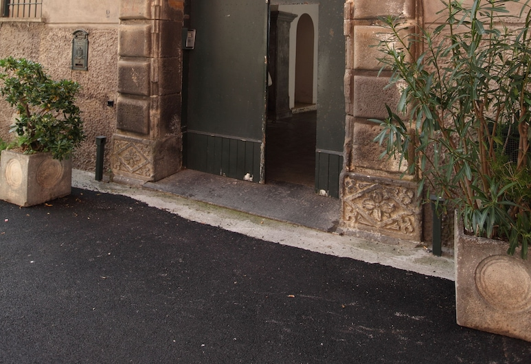 Palazzo Cafiero, Meta, Entrée de l'hébergement