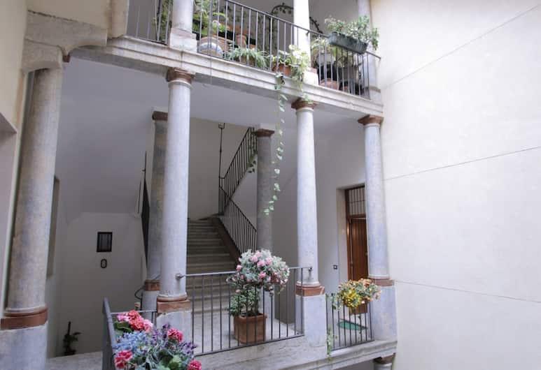 San Pietro Casa Vacanze, Trapani, Front of property