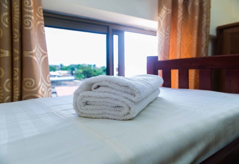 Royal Atlantic Hostel, Accra, Basic Shared Dormitory, Men only (4 People), Guest Room