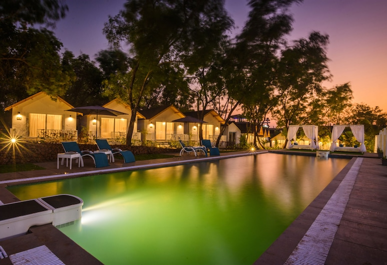 White woods Resort & Spa, Morjim