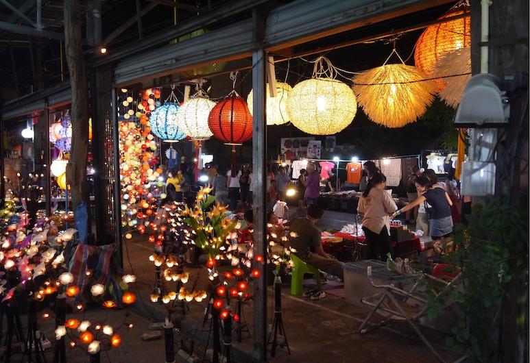 Walk Inn Guesthouse, Chiang Mai, Property Grounds
