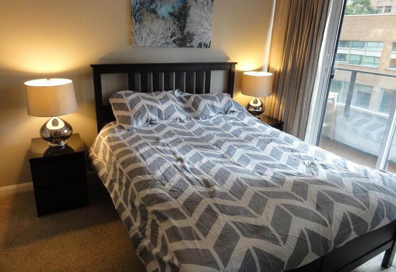 Beautifully Decorated 1BR Unit, Toronto, Appartement, Kamer