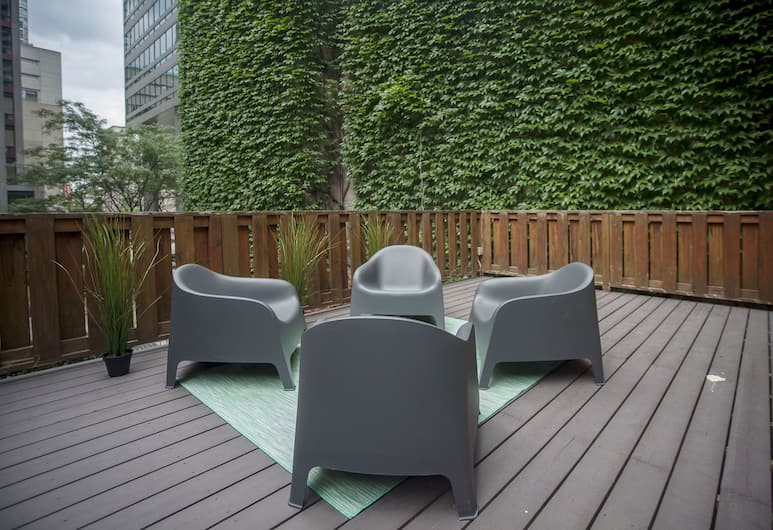 Spectacular 1BR Unit - King Bed, Toronto, Appartement, Terras