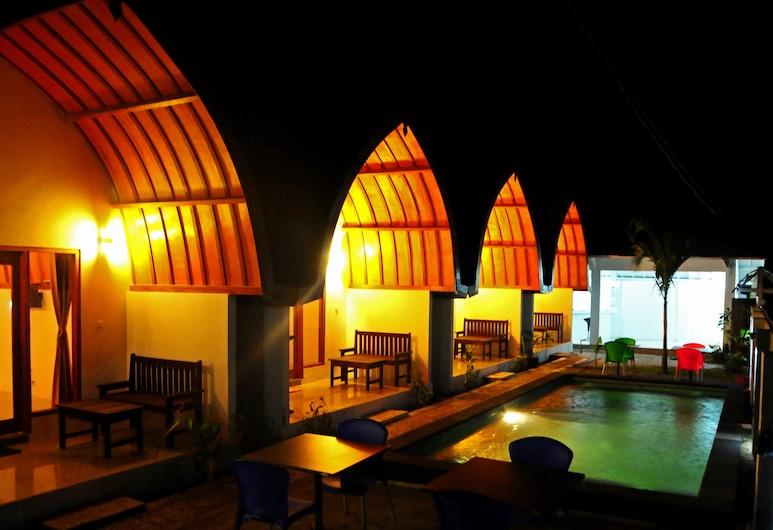 Macoa Village, Gili Trawangan, Bungalow Deluxe, 1 très grand lit, Terrasse/Patio