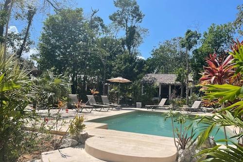 瑪雅生態村酒店/