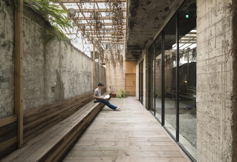 SOF Hotel, Taichung, Courtyard