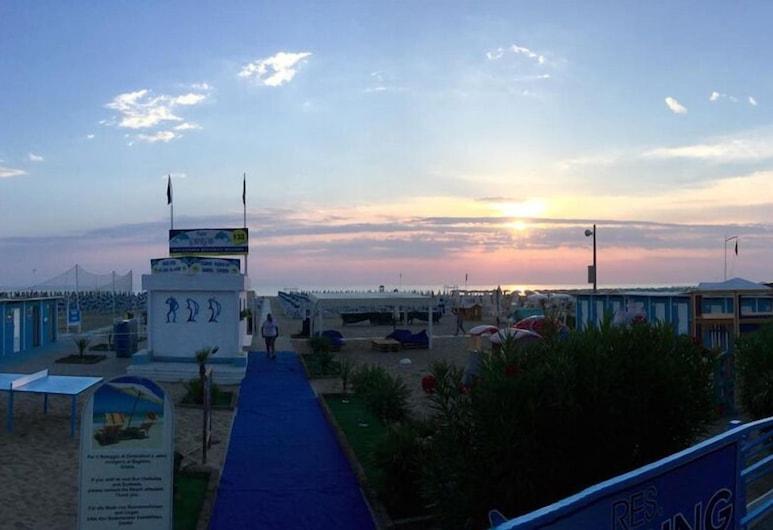 هوتل كابينيرا, ريميني, الشاطئ