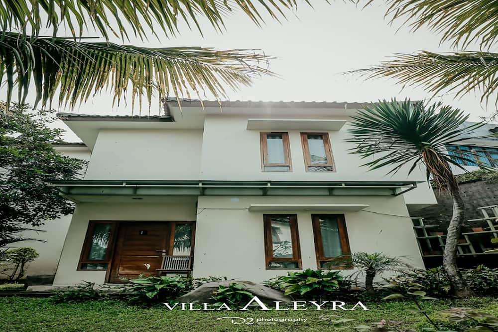 Deluxe Villa - Bilik Tamu