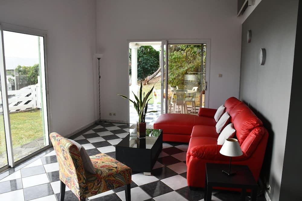 Villa - Ruang Tamu