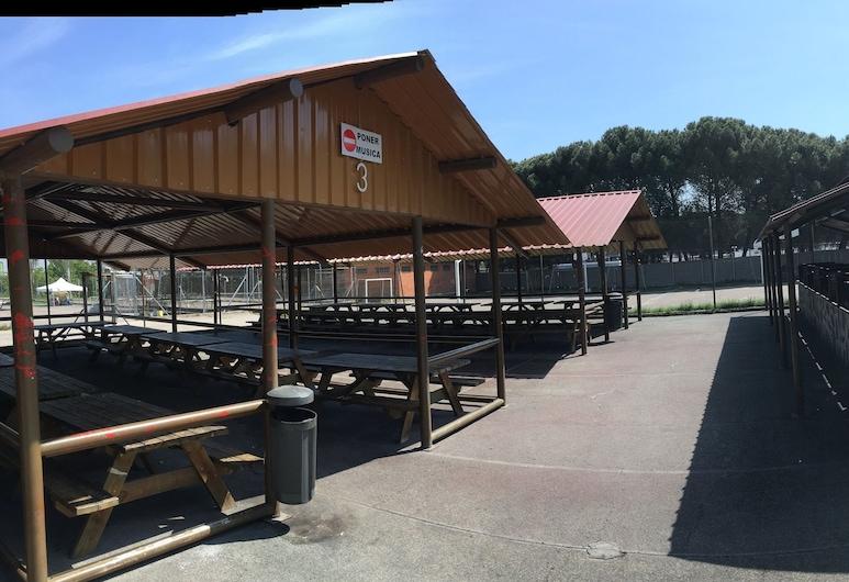 Bungalows Camping Alpha Madrid, Chetafė, Vidus