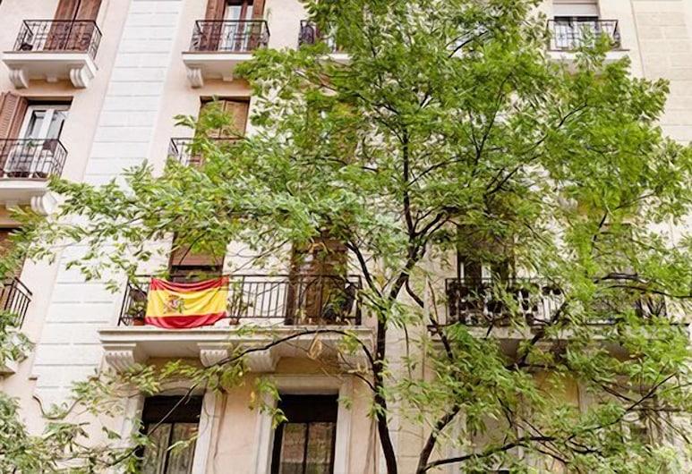 Alcántara Apartment by FlatSweetHome, Madrid, Fasaden på overnattingsstedet