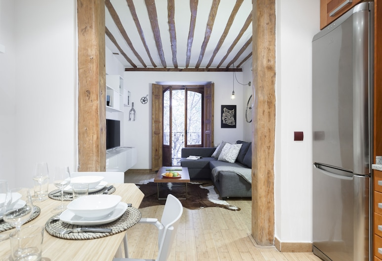 Fuencarral Apartments by FlatSweetHome, Madrid, Deluxe-Apartment, 1 Schlafzimmer, Balkon (Fuencarral C), Wohnbereich