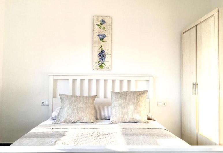 OYO Guest House Torre de Quart, Valencia, Phòng dành cho gia đình, Phòng tắm dùng chung, Phòng