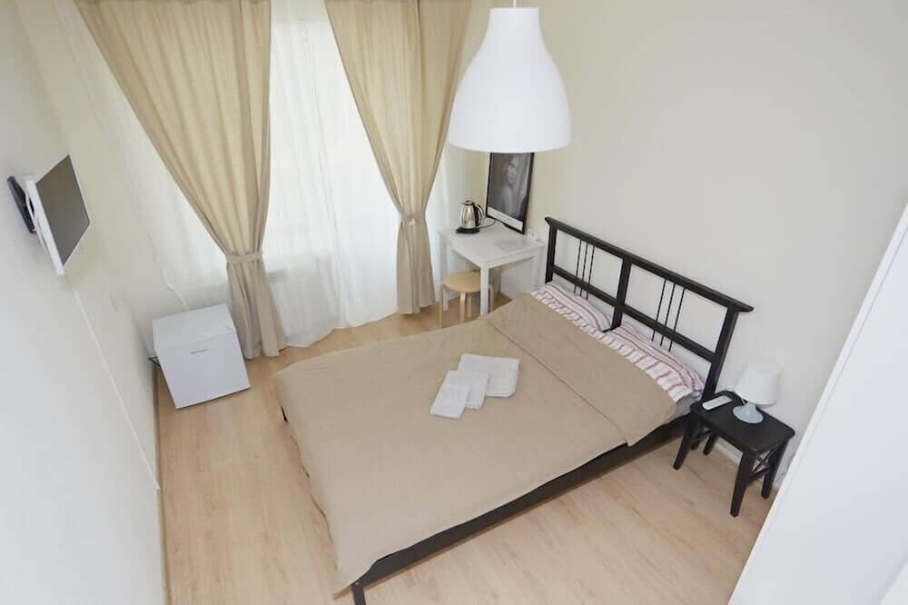Standard Double Room, Non Smoking, Courtyard Area - Guest Room