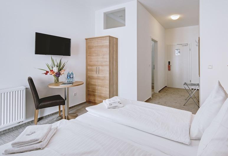 Boutique-Hotel Kronenstuben, Ludwigsburg, Standard Double Room, Guest Room