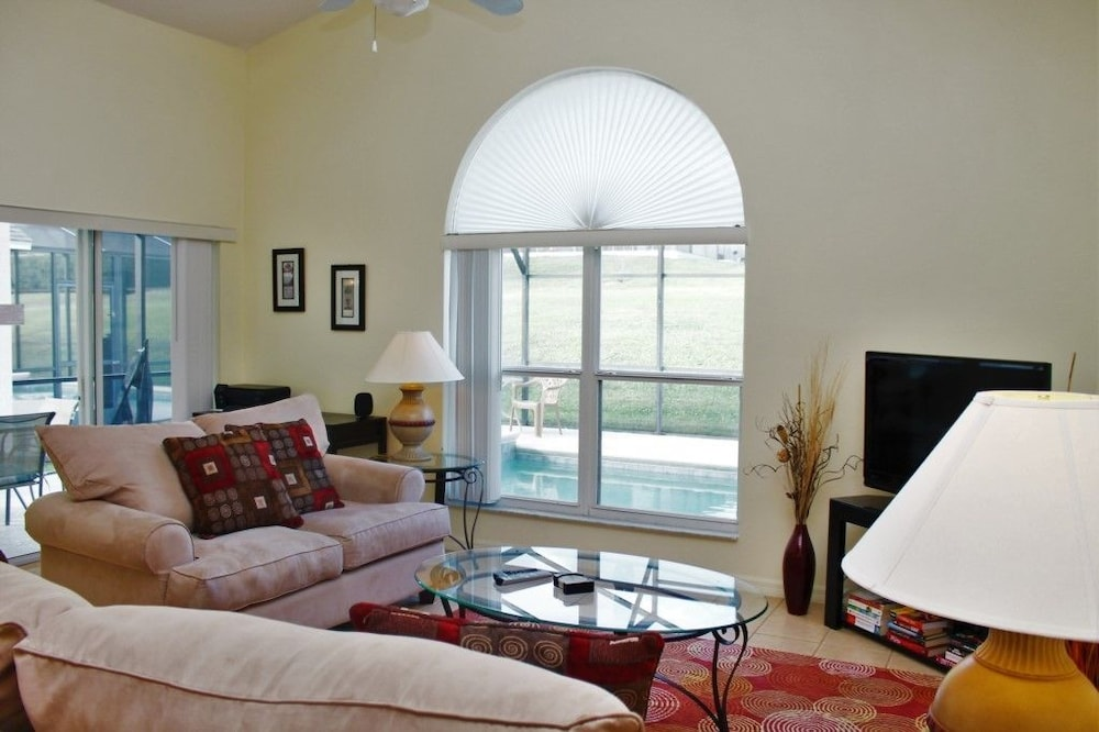 Book Family Friendly 4 Bed/3 Bath SPA-Pool Home in High in Davenport ...