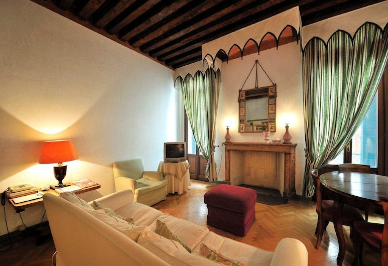 Ca del Doge 2, Venice, Apartment, 2 Bedrooms, Living Room