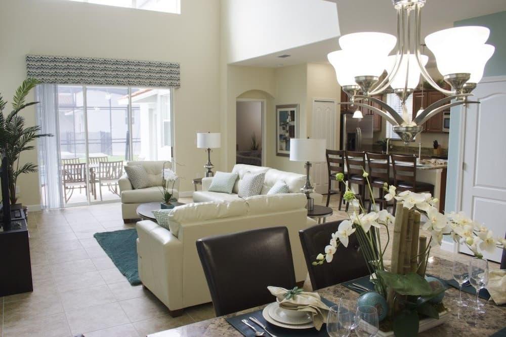 อพาร์ทเมนท์, หลายห้องนอน - พื้นที่นั่งเล่น
