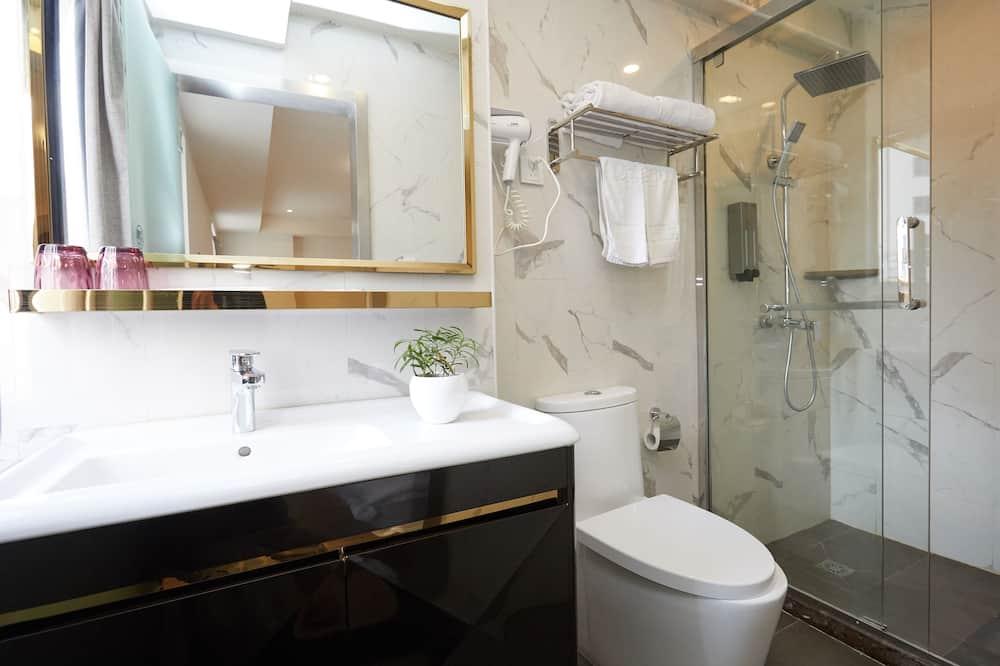 家庭房A  - 浴室淋浴