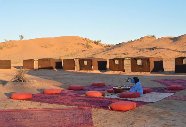 Erg Lihoudi Camp, M'Hamid El Ghizlane, Ristorazione all'aperto