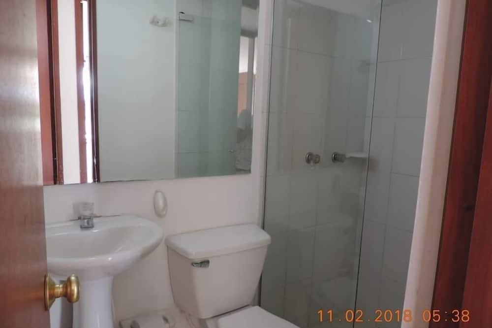 Family Apartment, 2 Bedrooms - Bilik mandi