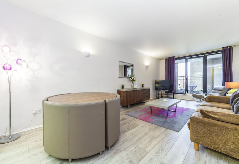 Point West Apartments Gloucester Road, London, Apartment, 2 Bedrooms, Living Area