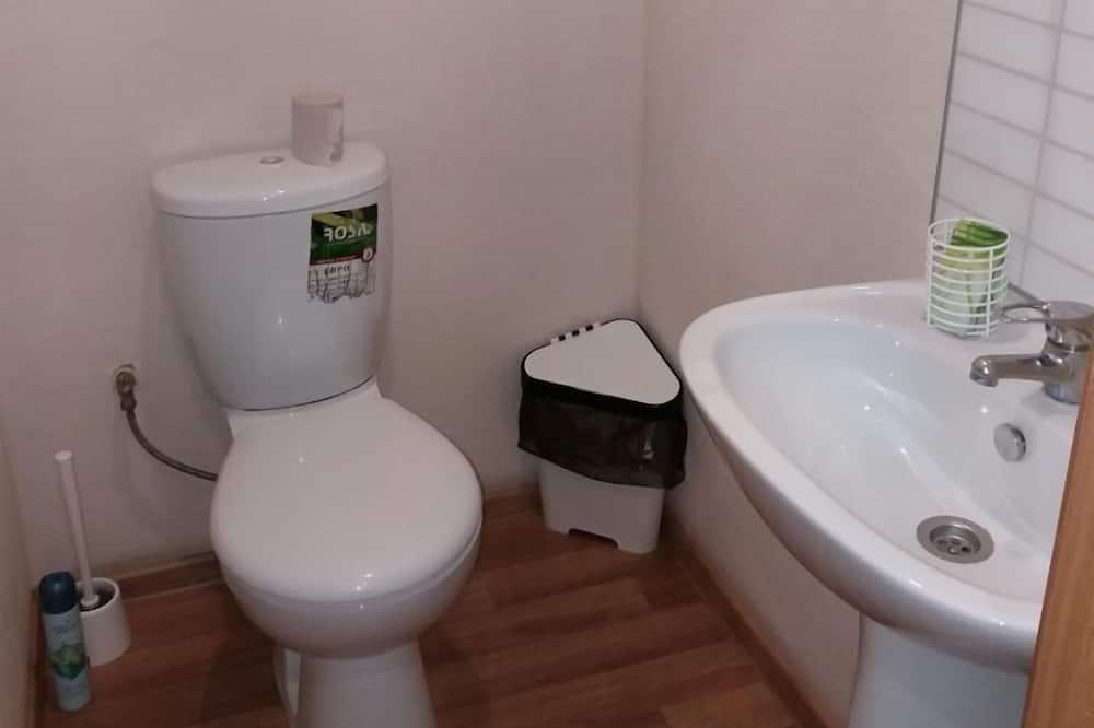 Economy-værelse med 2 enkeltsenge - Badeværelse