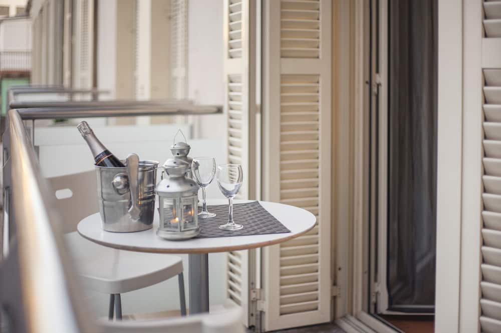Luxury Apartment, 5 Bedrooms (3) - Balcony