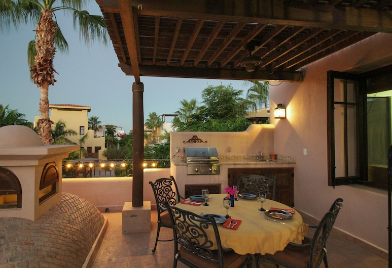 Casa Bella Founders 122, Loreto, Family Townhome, 2 Bedrooms, 2 Bathrooms, Balcony
