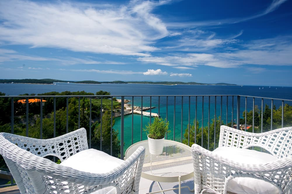 Panoramic Penthouse, Sea View (One & Only) - Balcony