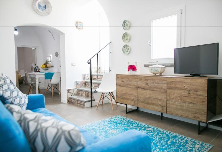 艾乌奇里亚酒店, 泰拉西尼, 公寓, 露台, 起居区