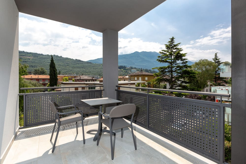 Comfort Double Room, Balcony - Mountain View
