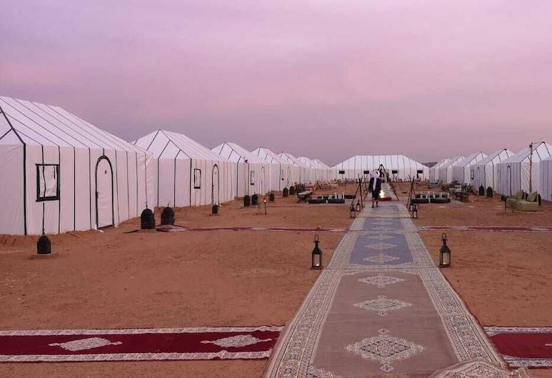 Golden Camp, Taouz, Obývací prostor