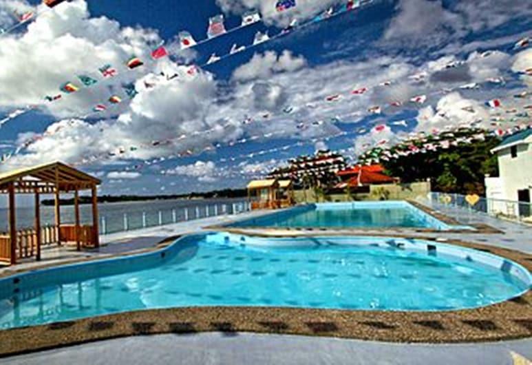 S.R Paradise Beach Resort Hotel, San Fernando, Outdoor Pool