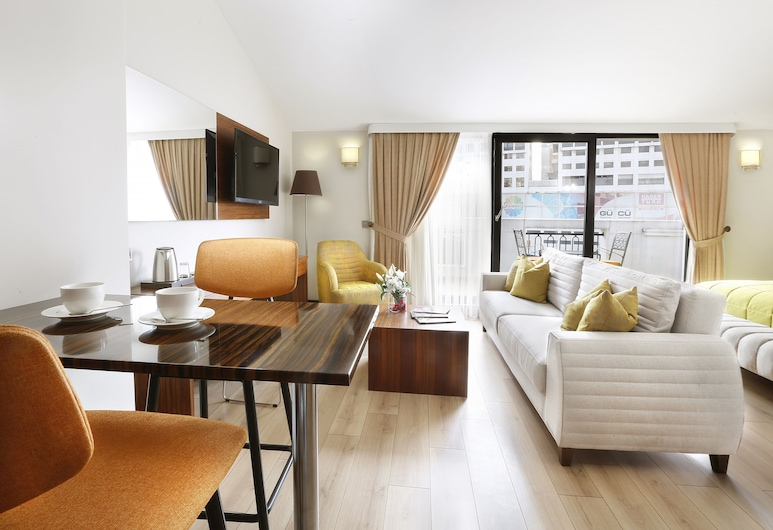The White Orient Hotel, Κωνσταντινούπολη, Family Σουίτα, 1 Υπνοδωμάτιο, Δωμάτιο επισκεπτών