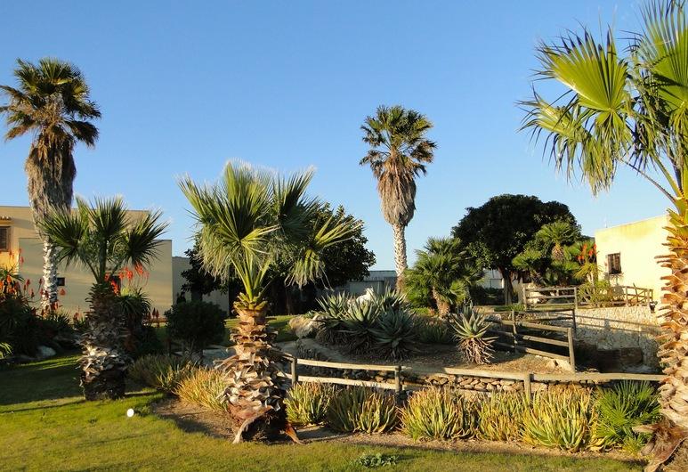 Il Giardino delle aloe, Favignana, Garden