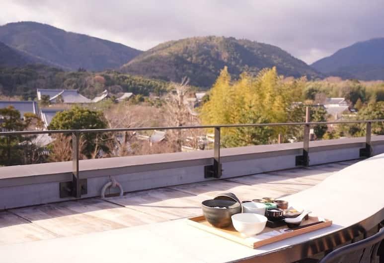 First Cabin Kyoto Arashiyama, Kyoto, Terrasse/patio