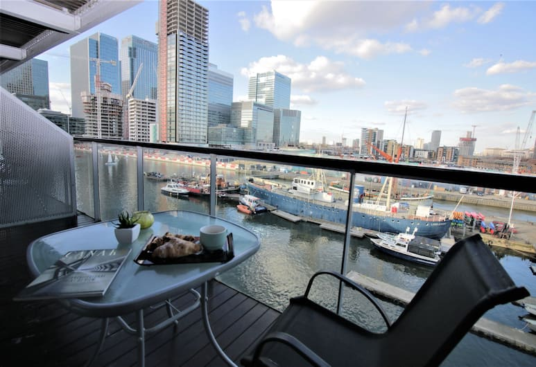 Canary Wharf Luxury River view apartment, Londra