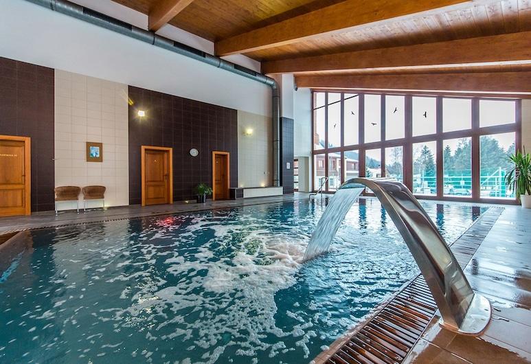 Hotel Horal, Roznov Pod Radhostem, Açık Yüzme Havuzu