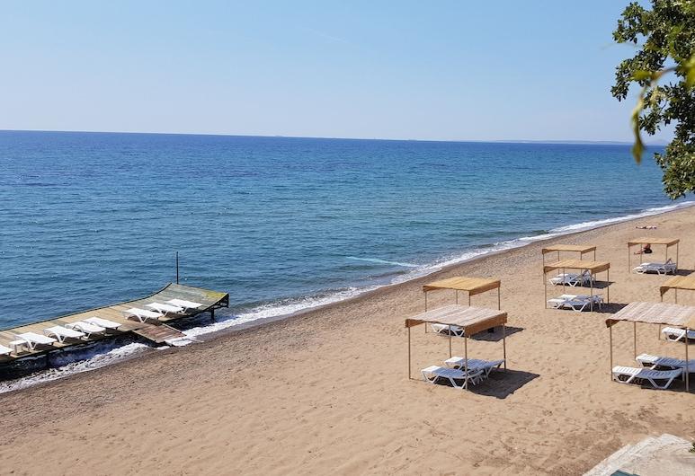 Troas Beach Hotel, Ezine