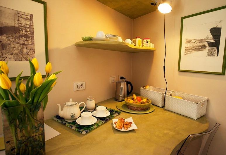 لو ستانز دي راكونتي - تورينو, تورينو, غرفة عائلية, تناول الطعام داخل الغرفة