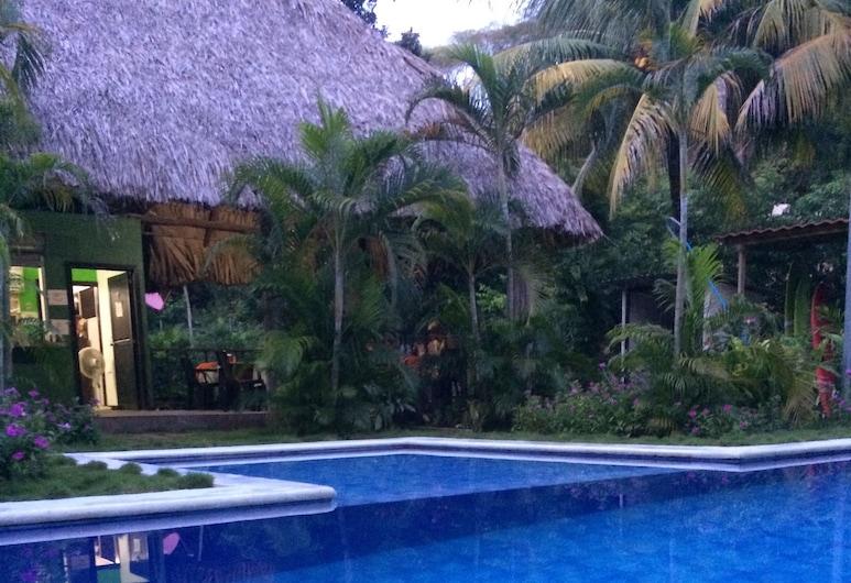 Papaya Lodge Las Flores, El Cuco, Outdoor Pool