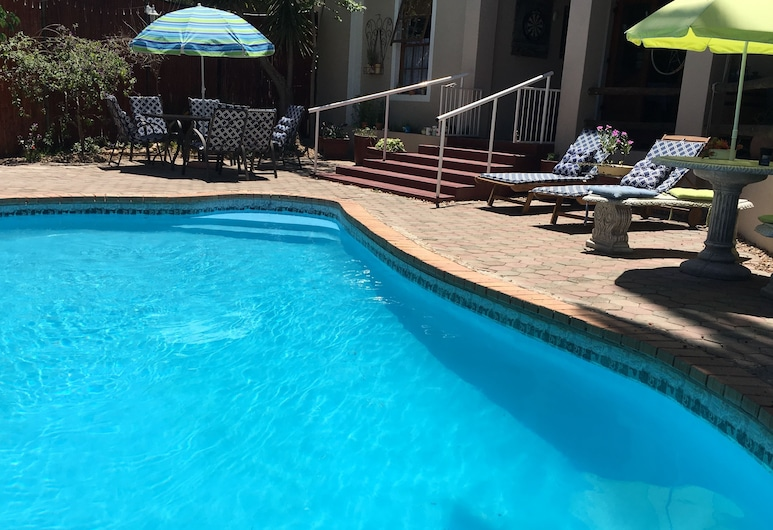 Karoo Life Bed & Breakfast, Calitzdorp, Outdoor Pool