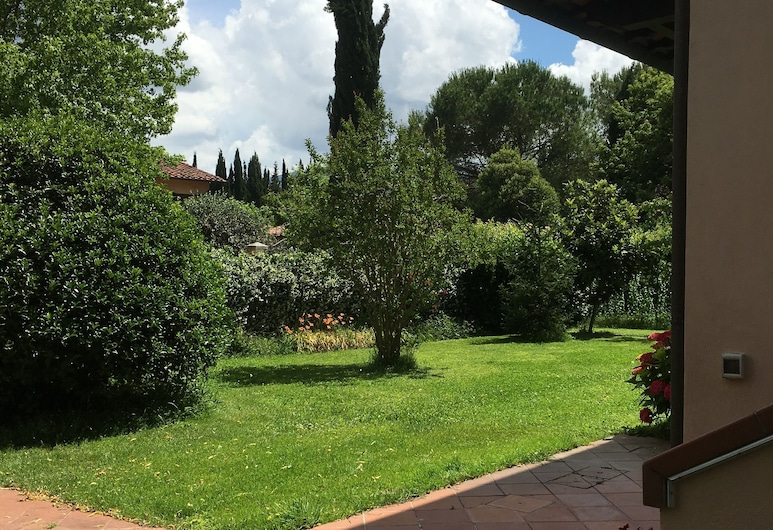 Villa Favilli, Piza, Ogród