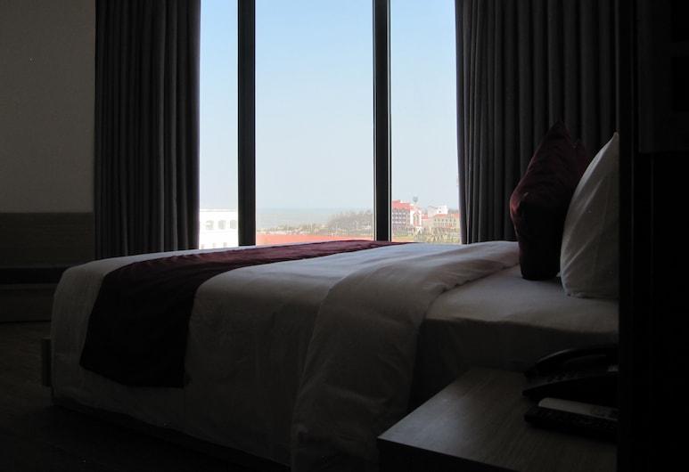 Hiep Yen Hotel, Tuy Hoa, Sviitti, 1 suuri parisänky, Merinäköala, Vierashuone