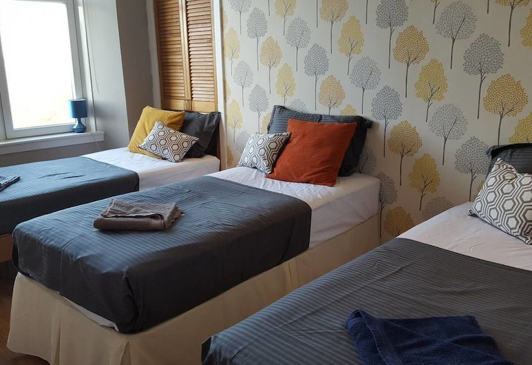 Dragon - Dumbarton Apartment 2 Bedroom Home, Clydebank, Room