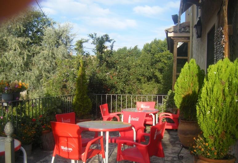 Hotel Rural Puente del Duraton, Sepulveda, Terrace/Patio