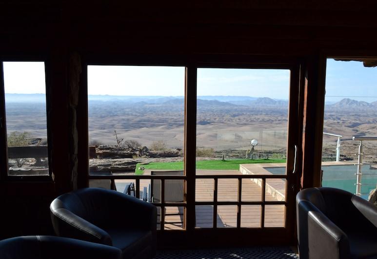 Namib's Valley Lodge, Solitaire, Salon